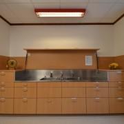 Essraum 2. Obergeschoss – Im Essraum befindet sich auch eine Abwaschkombination und die Geschirrschubladen (3/3)
